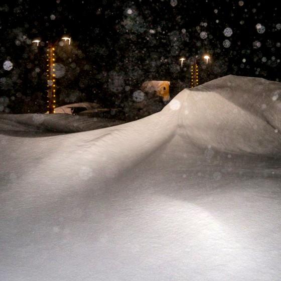 Snow hits Mammoth ski resort