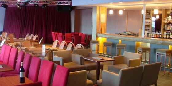 Bar salle spectacle | Hotel NeaClub, Valmeinier