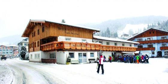 Jugendhotel Besenhaus, Salzburger Sportwelt