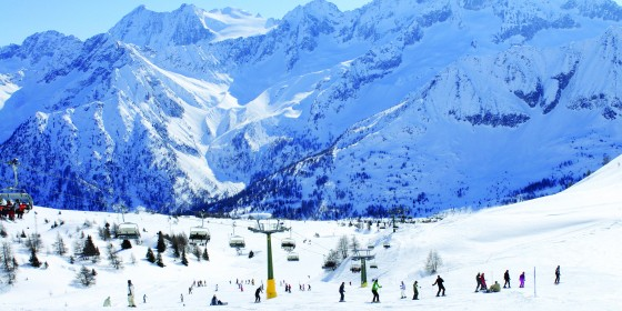 Skiing in Passo Tonale | Italy