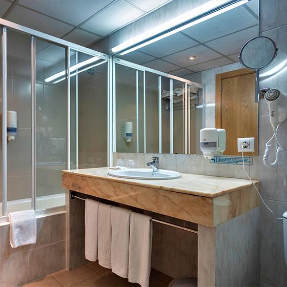 Hotel Panorama Bathroom