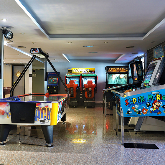 Hotel Panorama Games Room